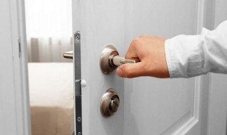 Poignée de porte qui ne remonte plus